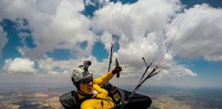 En base de nuves durante el Open FAI El Yelmo 2015