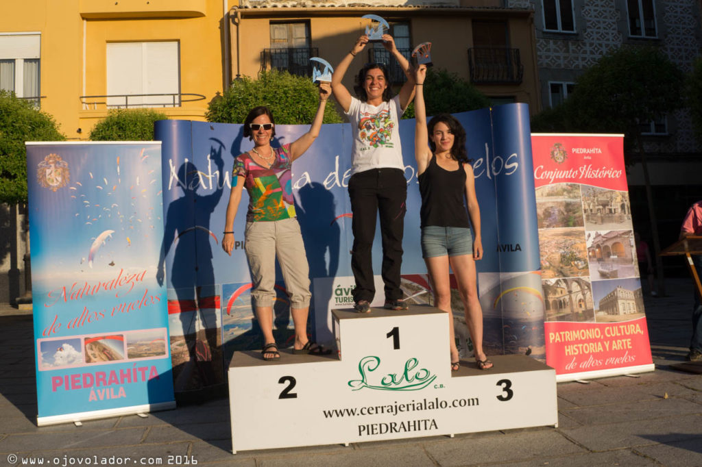 Podium femenino - Open Ibérico parapente Piedrahita