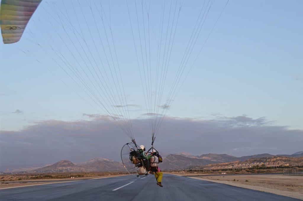 Récord del mundo de paramotor biplaza, 568 km