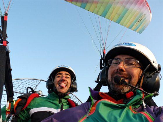 Record del mundo de paramotor biplaza
