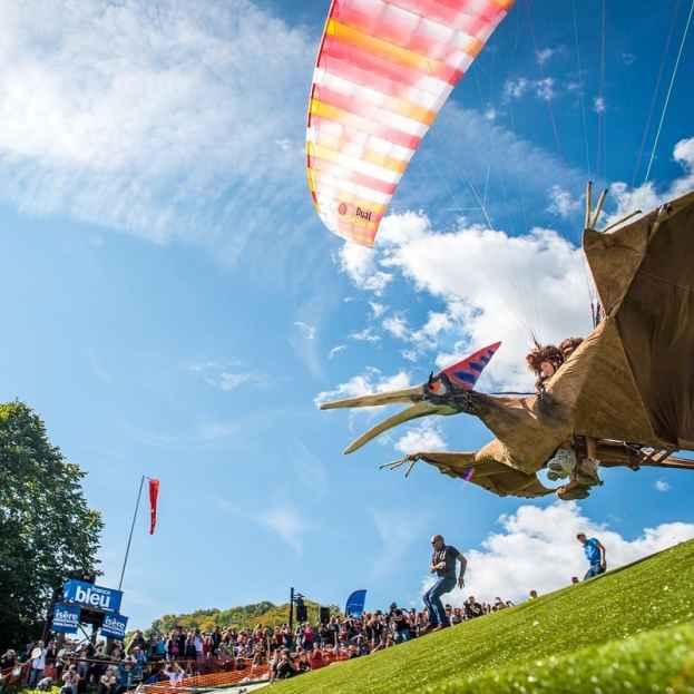 Copa Ícaro, el mayor festival de parapente, ala delta, paramotor y deportes del aire ultraligeros, dedicará su 46a edición a  homenajear a Leonardo da Vinci